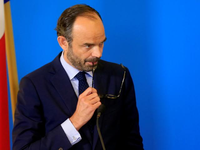 """Édouard Philippe est-il réduit au rang de """"marionnette"""" d'Emmanuel Macron?"""