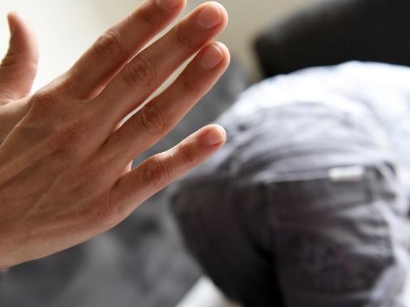 Interdiction définitive de la fessée : que se passe-t-il dans la tête d'un enfant qui en reçoit une ?