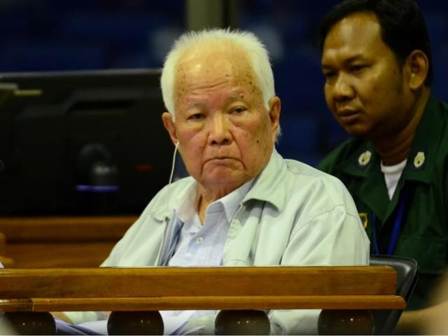 Cambodge: les derniers dirigeants khmers rouges s'accrochent au déni