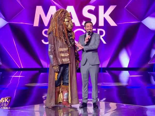 Mask Singer : le lion éliminé, quelle personnalité se cachait sous ce costume ?