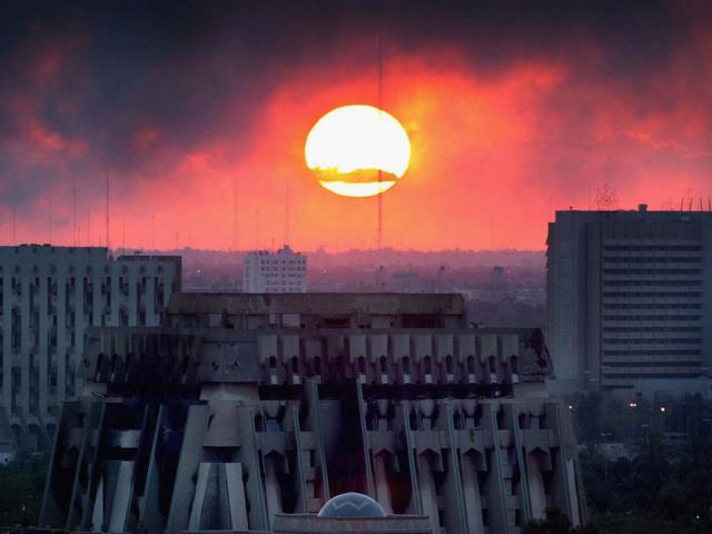 Pleine Lune sur Bagdad d'Akram Belkaïd : De l'Atlantique au Golfe, des femmes et des hommes dans la nuit de Hulagu-Bush