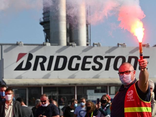 Fermeture de l'usine Bridgestone à Béthune : épilogue d'un désastre industriel