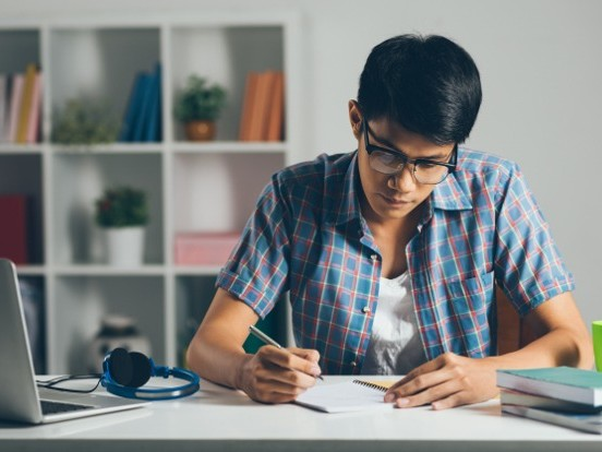 Étudiants : bien choisir l'assurance de son appartement