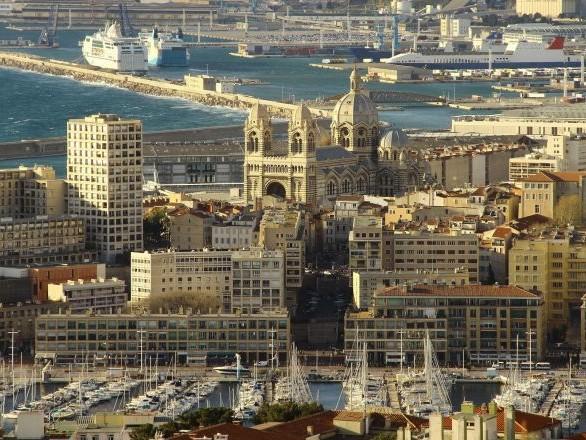 Près de 70% des cas en réanimation à Marseille Nord sont d'origine comorienne, un médecin lance l'alerte – vidéo
