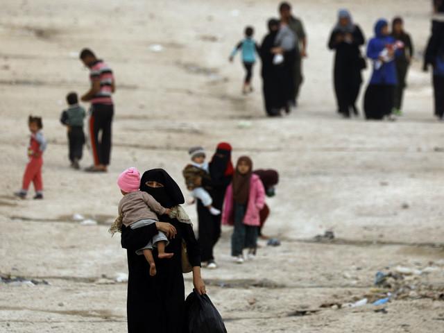 Syrie : les Kurdes affirment que près de 800 proches de membres de l'Etat islamique ont fui un camp de déplacés