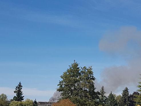 Une ferme en feu à Bierges: les pompiers tentent de sauver les animaux