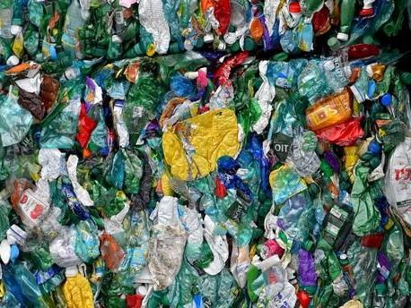 Pourquoi les pays d'Asie renvoient-ils des conteneurs de déchets vers les pays développés ?