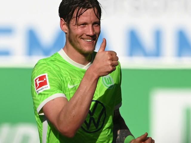 Allemagne: Wolfsburg toujours leader, nouveau doublé de Haaland pour Dortmund