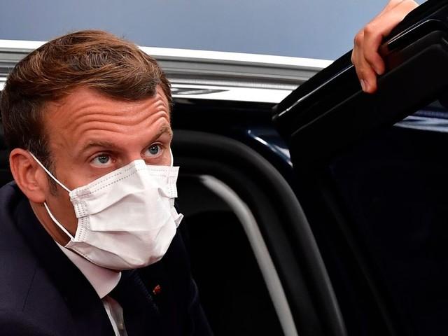 À Toulon, Macron au chevet des aides à domiciles, oubliés de la crise