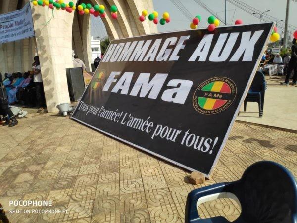 FAMa: A l'appel du prêcheur Haidara, plusieurs manifestants expriment leur soutien à l'armée