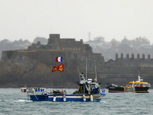 Pris en tenaille entre Londres et Paris, les pêcheurs de Jersey dans l'expectative