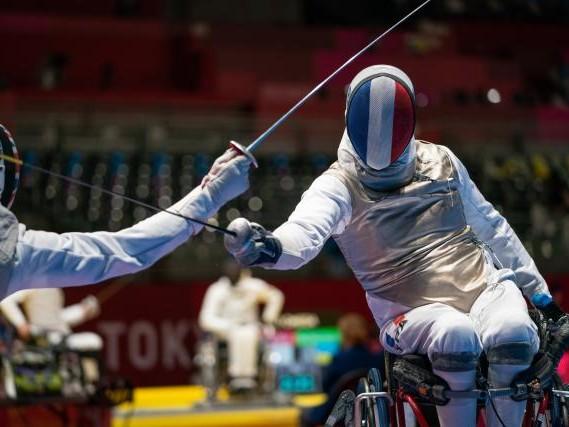 Jeux Paralympiques - Escrime (H) - Les Bleus du fleuret fauteuil par équipe décrochent le bronze aux Jeux Paralympiques de Tokyo