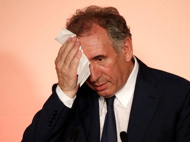 De Bayrou à Mercier, la lune de miel contrariée entre le MoDem et Macron