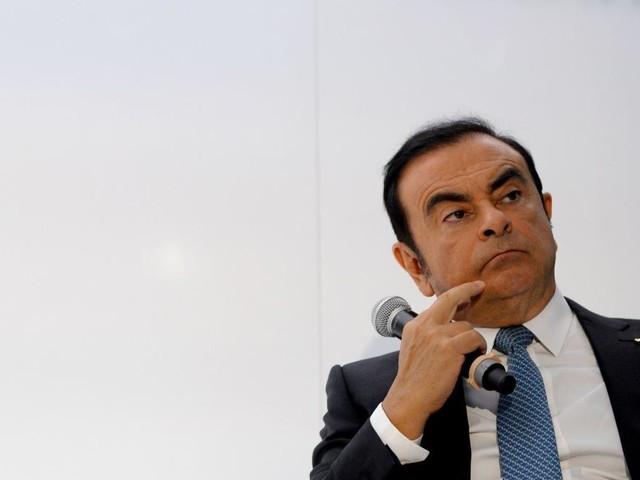 """EN DIRECT - En liberté sous caution, Carlos Ghosn juge """"cruel"""" de restreindre ses contacts avec son épouse"""