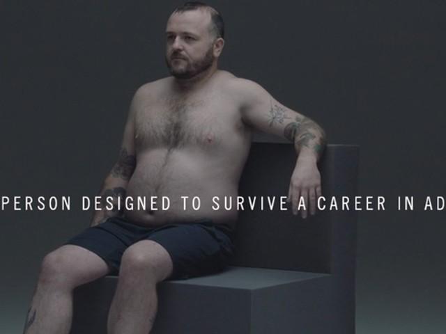 Grant, la seule personne faite pour survivre à une carrière dans la publicité