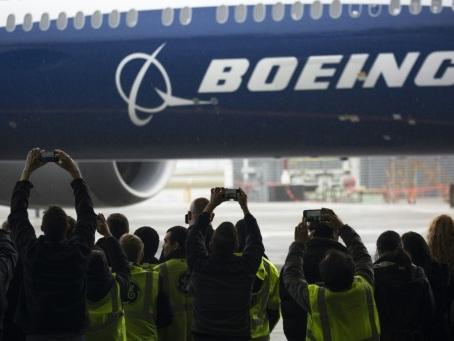 Coronavirus: Boeing annonce un plan de départs volontaires