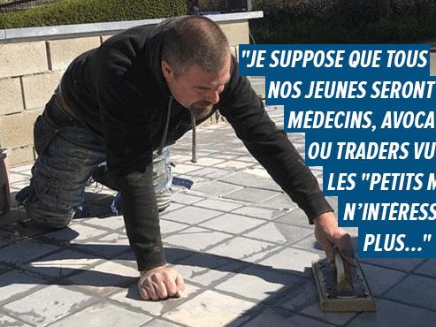 """Fabrice, carreleur à Waterloo, ne trouve pas d'apprentis: """"Le travail ne manque pas, mais il faut un minimum de courage"""""""