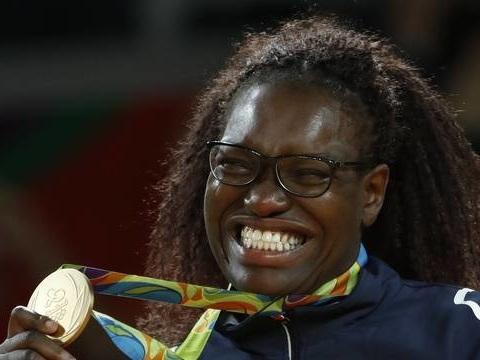 Bordeaux: Emilie Andéol, championne olympique au chômage, raconte sa galère