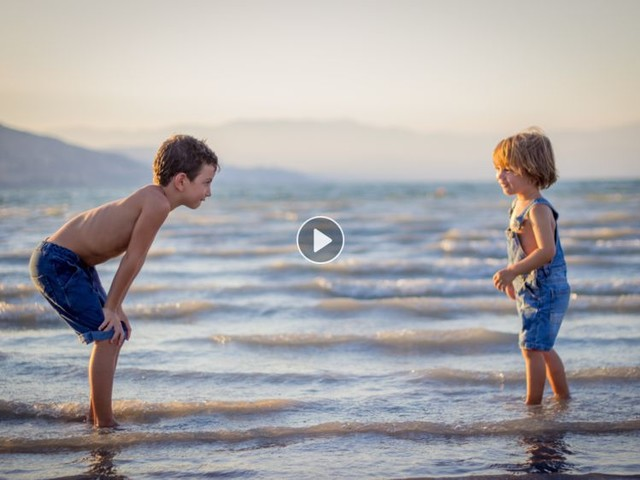 Les enfants uniques, plus narcissiques que les autres ? Une étude répond