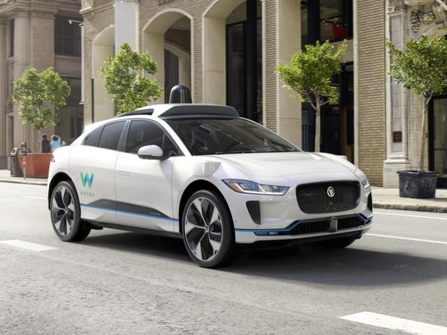 Jaguar va créer le futur taxi haut de gamme et 100% autonome de Google