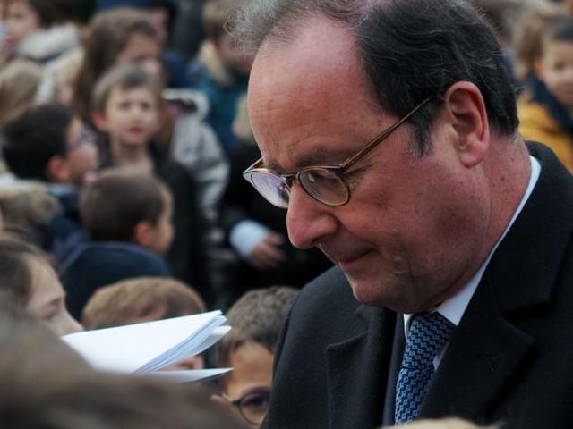 François Hollande endeuillé : l'ancien président de la République a perdu son papa
