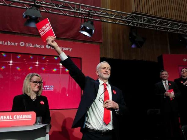 Au Royaume-Uni, le Labour lève le voile sur son programme très ancré à gauche