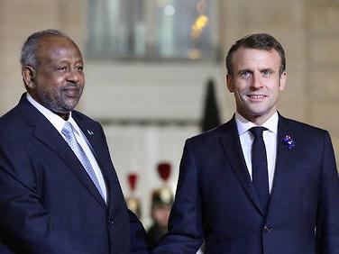Coronavirus: Macron veut transférer des vaccins à l'Afrique