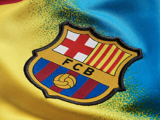 FC Barcelone – Un maillot gardien très bariolé pour jouer la Ligue des champions