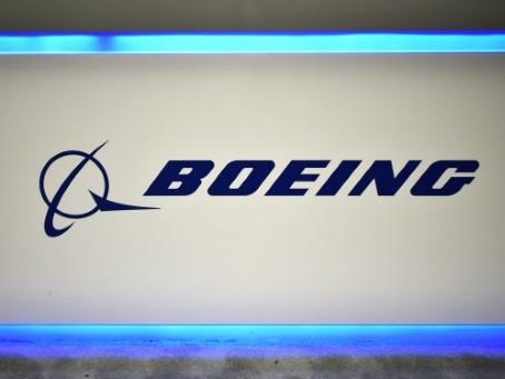 Malgré la crise, Boeing annonce des commandes de 737 MAX