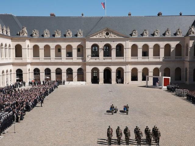 L'hommage aux 13 militaires morts au Mali sera ouvert au public