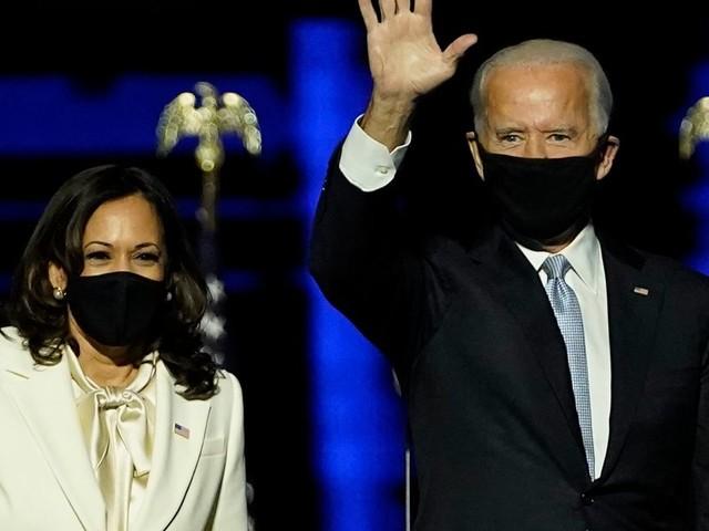 Face au Covid-19, Biden et Harris prévoient l'inverse de Trump