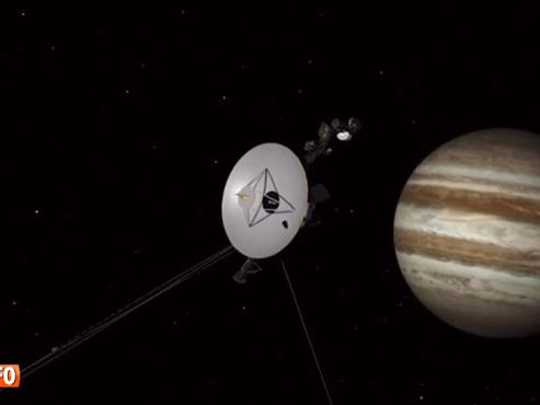 Lancée il y a 40 ans, la sonde spatiale Voyager 2 a quitté le système solaire: ET MAINTENANT?