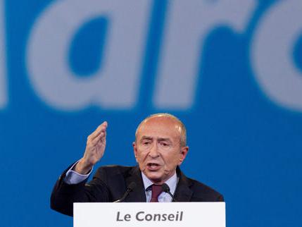 Prières de rue, policiers armés… les déclarations de Gérard Collomb à «Questions politiques»