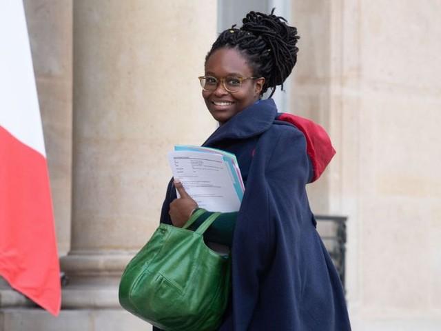 """Sibeth Ndiaye fait son mea culpa après une bourde sur les """"enseignants qui ne travaillent pas"""""""