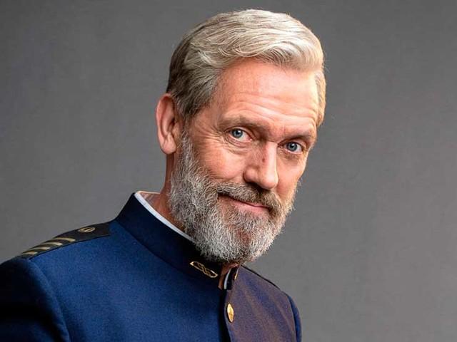 Hugh Laurie dans «Avenue 5 » sur OCS : « Je porte peut-être bien l'uniforme, mais je suis un 'fake' capitaine »