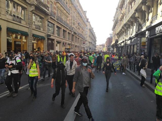 Acte 19 des gilets jaunes à Toulouse : des interpellations mais pas d'incident au Capitole