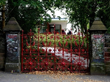 """Strawberry Fields"", le jardin secret de John Lennon, ouvert aux fans"