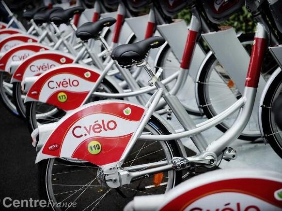 Des vélos en libre-service victimes de la panne d'OVH