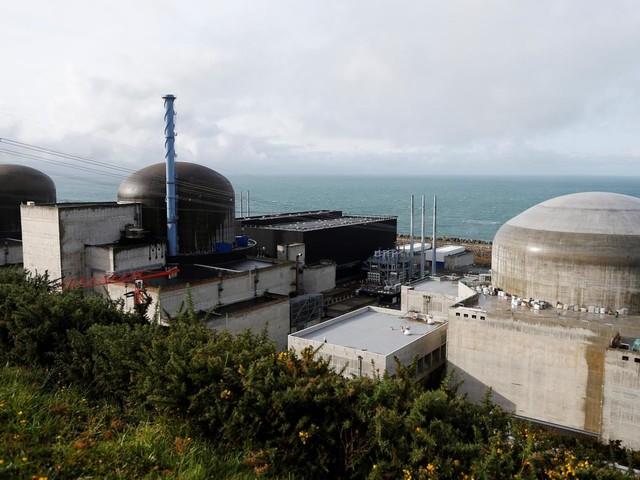 """Nucléaire : la construction de nouveaux EPR serait """"absurde sur le plan industriel"""", selon l'association négaWatt"""