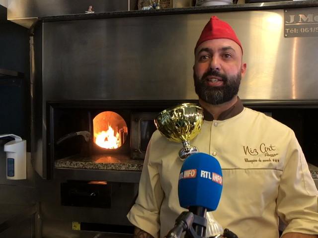 Nizar, 44 ans, pizzaïolo du Luxembourg, est devenu champion du monde du CALZONE