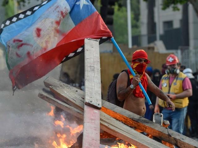 Le Chili veut réviser sa constitution, héritée de la dictature Pinochet