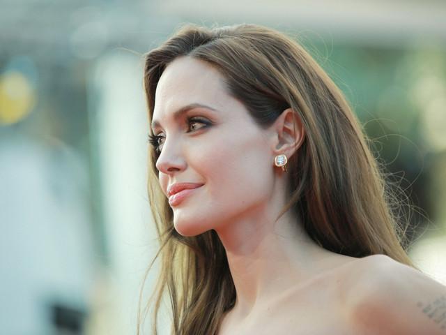 Angelina Jolie : Son ultime tentative pour sauver son mariage avec Brad Pitt