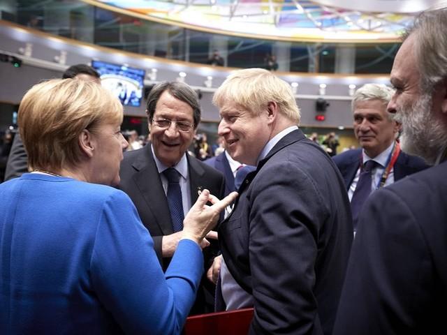 Brexit : les dirigeants européens valident le nouvel accord de sortie