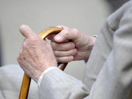 La réforme des retraites en Suède a-t-elle provoqué une baisse des pensions pour 92% des femmes et 73% des hommes, comme l'affirme Marine Le Pen ?