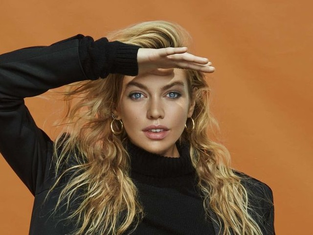 "Stella Maxwell : ""Je crois au travail acharné et à la pensée positive"""