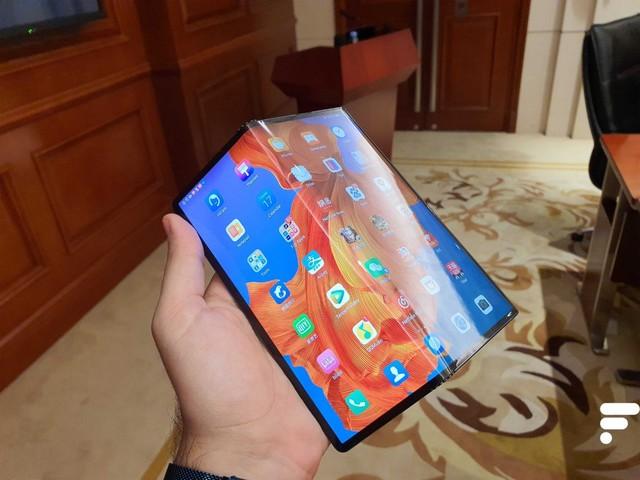 Huawei préparerait un Mate Xs plus résistant en attendant un nouveau pliable à clapet
