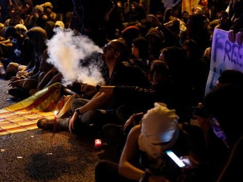 Deuxième jour de tension en Catalogne après la condamnation des dirigeants indépendantistes