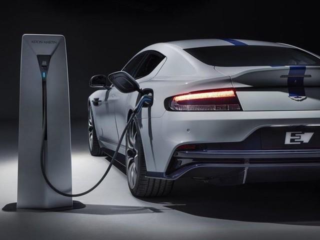 Voiture électrique : en difficulté, Aston Martin repousse ses ambitions à 2025