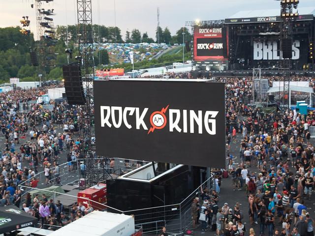 """Le festival """"Rock am Ring"""" en Allemagne évacué en raison d'une """"menace terroriste"""""""