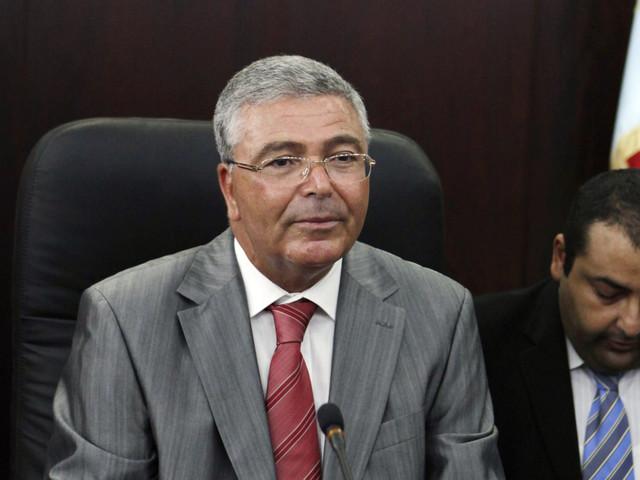 Le système de surveillance électronique entre Ben guerdane et Dhehiba bientôt prêt selon le ministre de la Défense